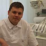 Абрамов Сергей Александрович, заведующий отделением ортопедической стоматологии. Стаж 8 лет.
